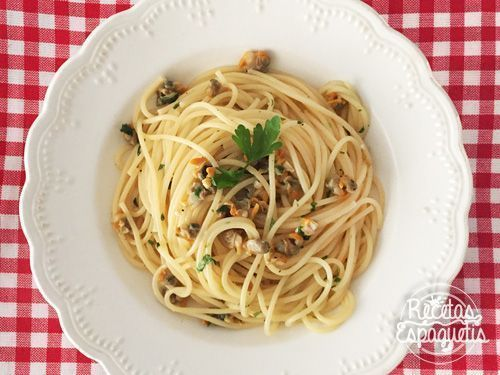 Receta de espaguetis con berberechos
