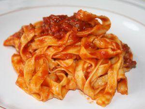 Receta de espaguetis con chorizo picante